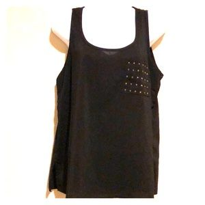 Black tank top with pocket rime stones